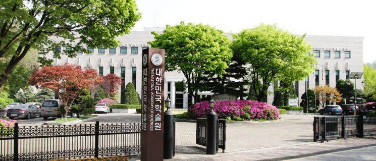 우수학술도서 286종 선정 … 33억원 들여 전국 대학도서관 배포