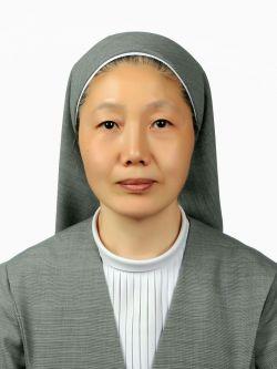 상처받은 아이들 보듬은 김영렬 수녀, 국민훈장