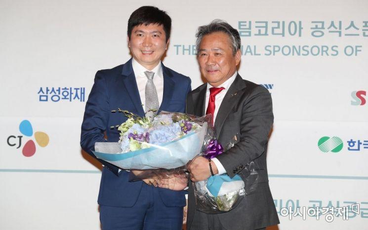 [포토]이기흥 신임 IOC 위원과 유승민 IOC 선수위원