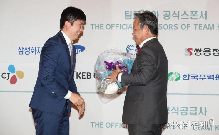 [포토]이기흥 신임 IOC 위원과 유승민 선수위원