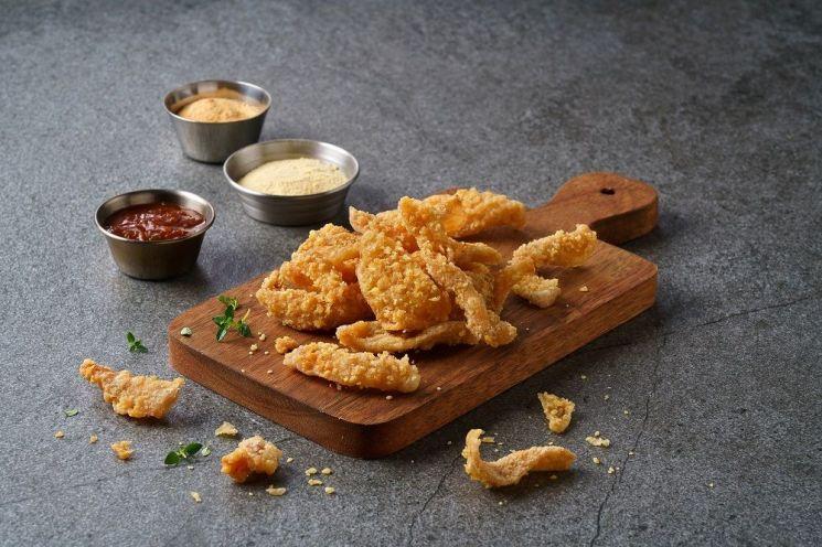 BBQ 닭껍데기 인기로 품절 사태…긴급 물류 공급 진행