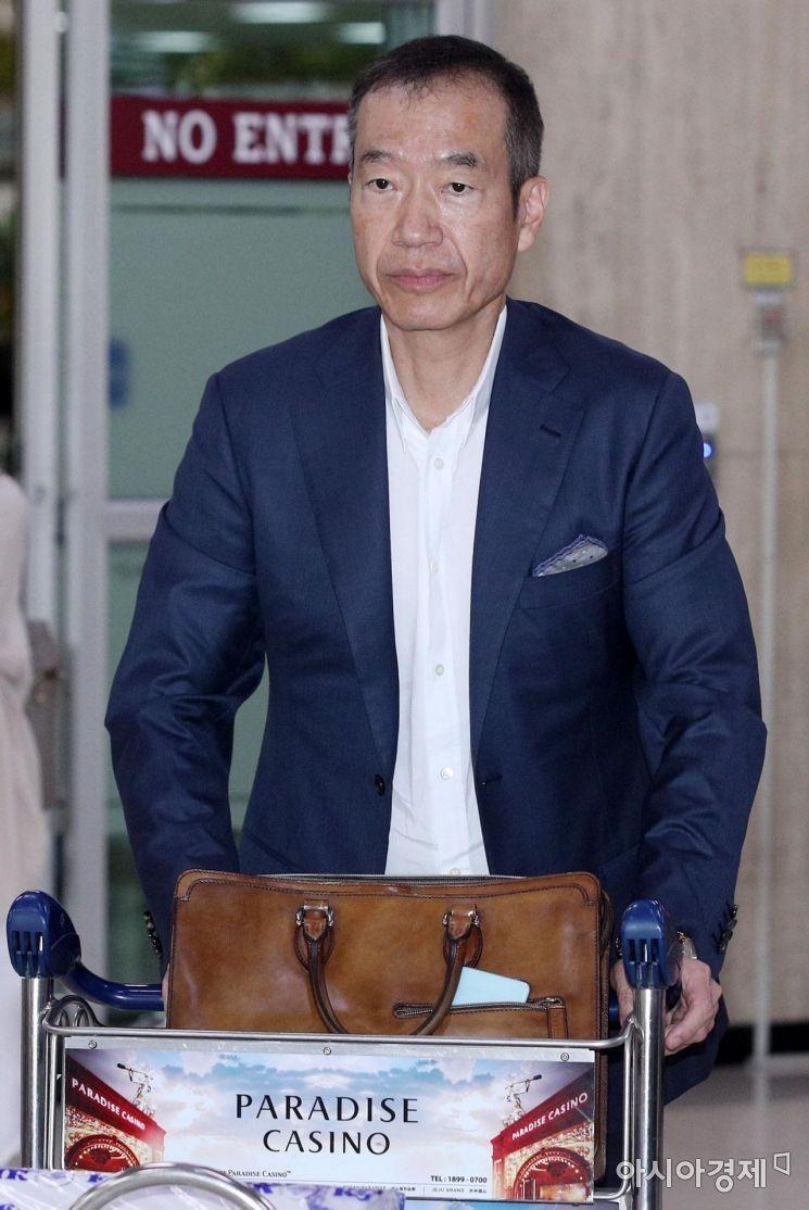 [포토] 귀국하는 최치훈 삼성물산 이사회 의장