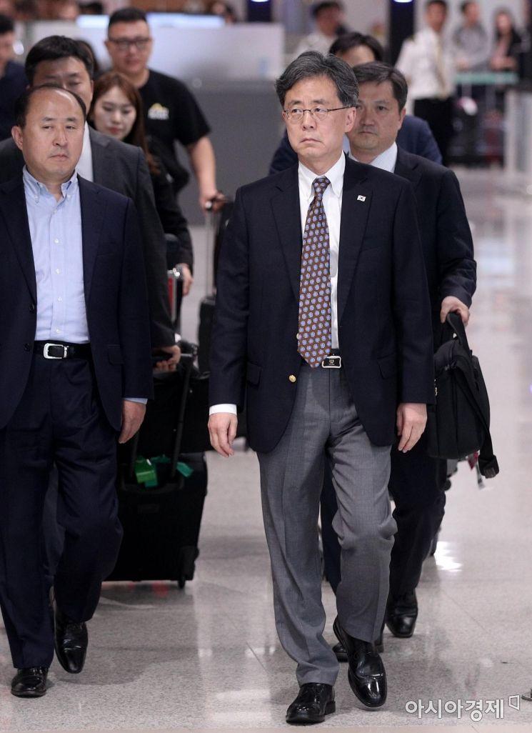 [포토] 방미 일정 마치고 귀국하는 김현종 차장