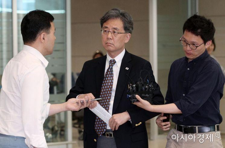 [포토] 김현종 청와대 국가안보실 차장, 방미 출장 마치
