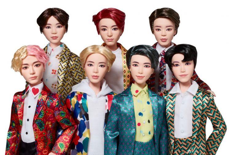 BTS 공식 패션돌