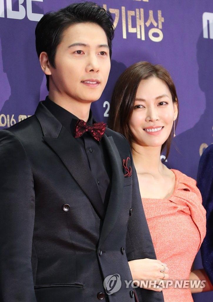 이상우와 아내 김소연 / 사진 = 연합뉴스