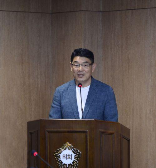 광주 서구의회 '비상용 무료 생리대 비치 조례안' 의결