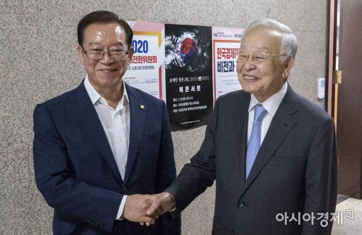 [포토] 자유한국당 방문한 손경식 경총 회장