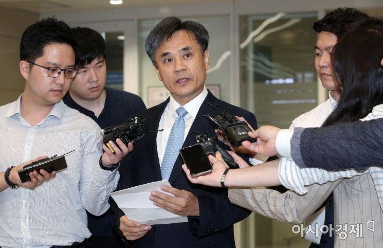 [포토] WTO 이사회 결과 설명하는 김승호 실장