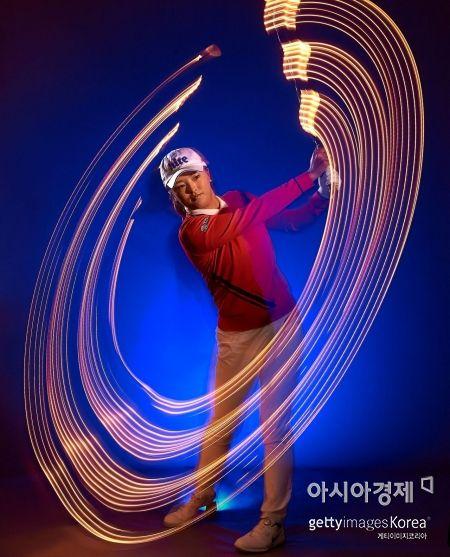 세계랭킹 1위 고진영이 주 무기인 '송곳 아이언 샷'을 앞세워 AIG브리티시여자오픈에서 한 시즌 메이저 3승에 도전한다.