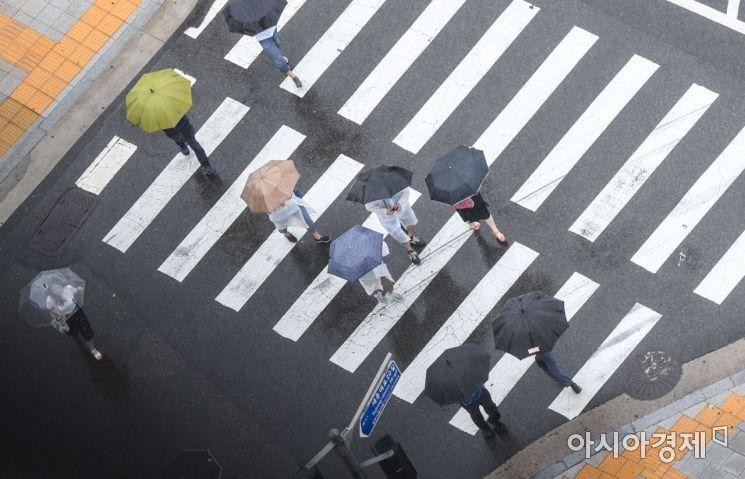 [내일 날씨]전국 흐리고 비…충남·전라는 폭염