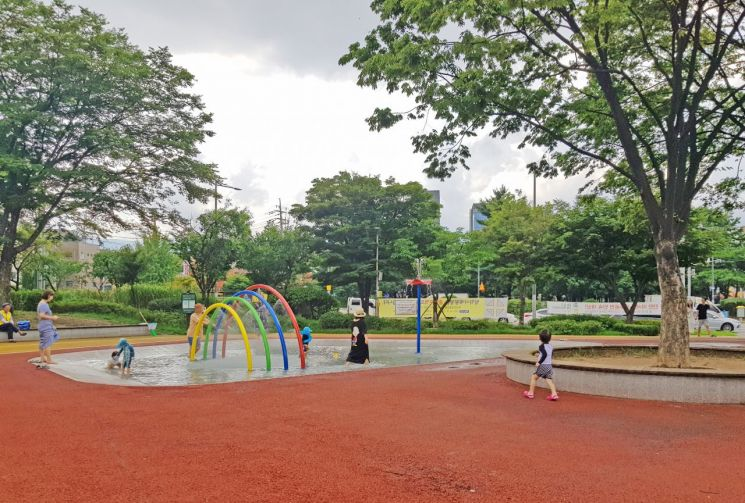 방학사계광장