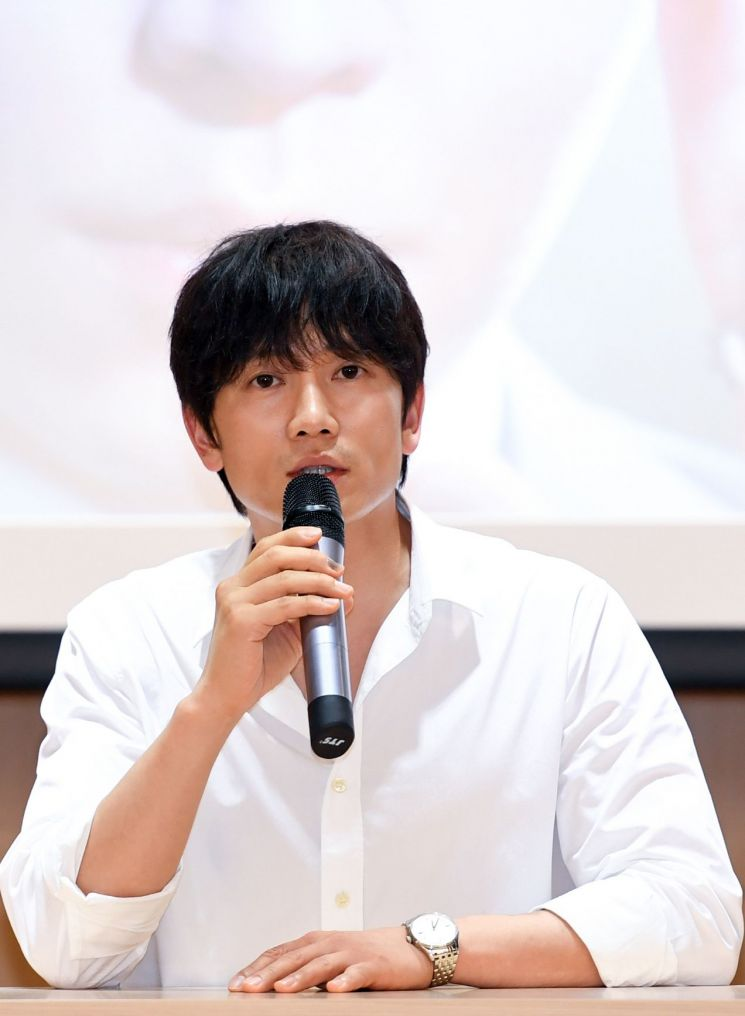'의사 요한'에 출연 중인 배우 지성. 사진=SBS