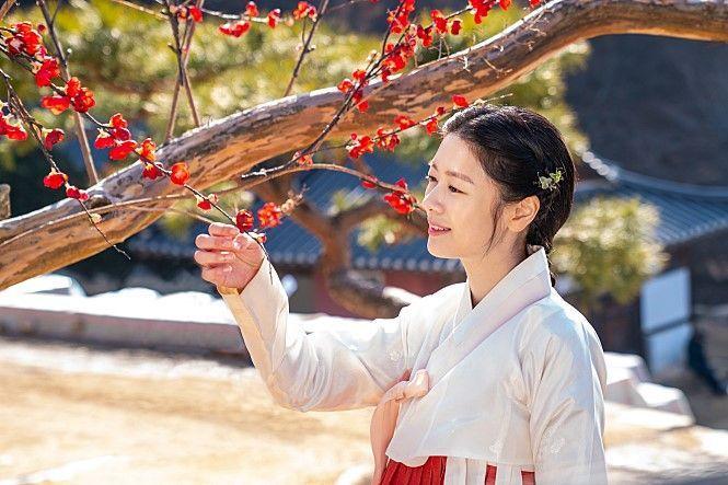 배우 정소민 블러썸엔터테인먼트行