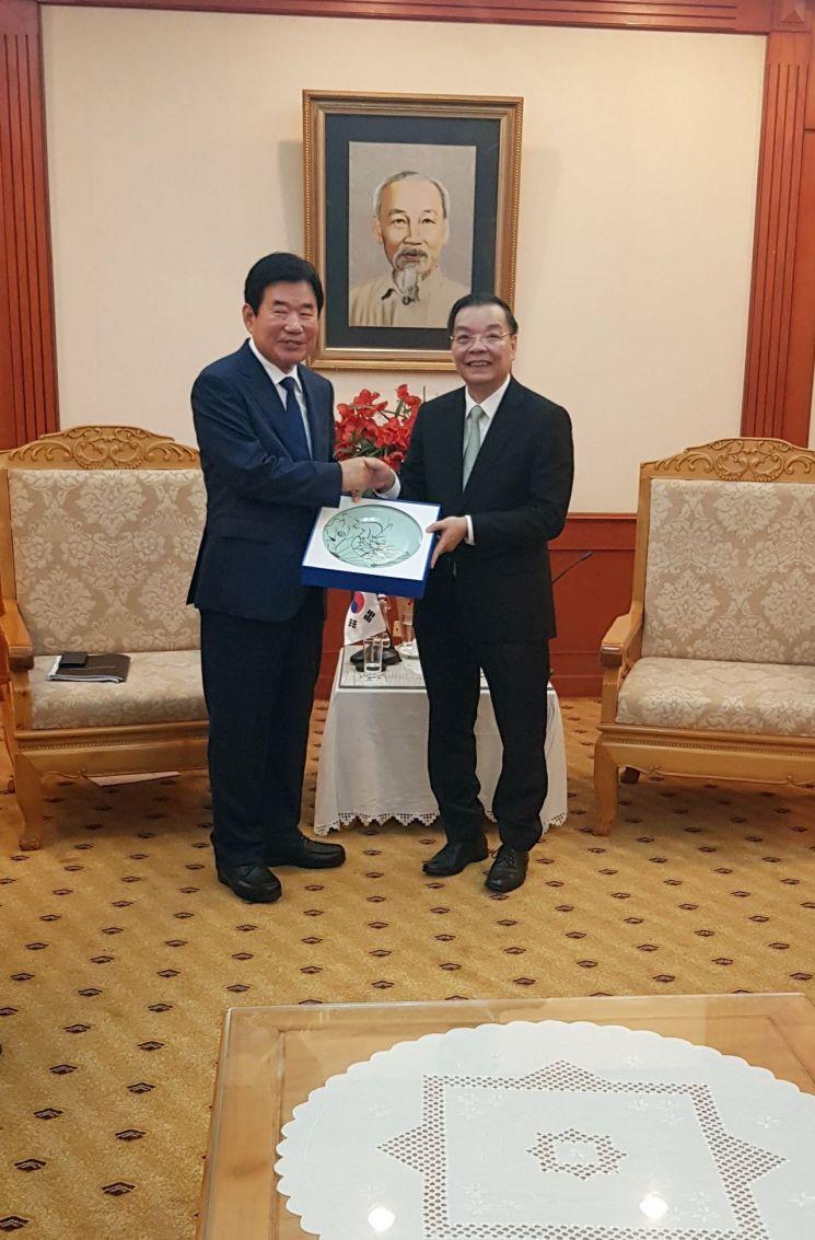 김진표, 베트남 과기부 장관 만나 日 수출규제 후속조치 논의