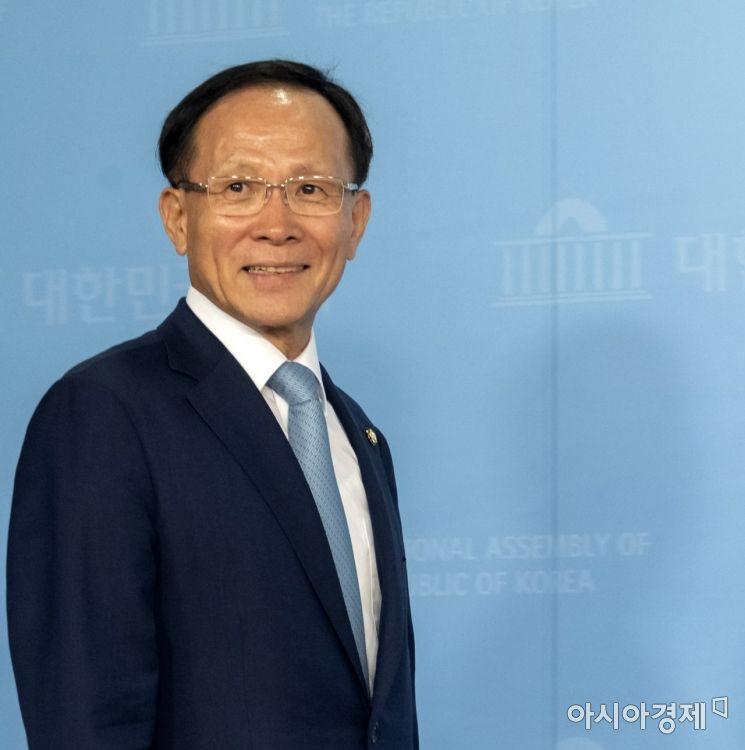 [포토] 밝은 모습의 이수혁 주미대사 후보자