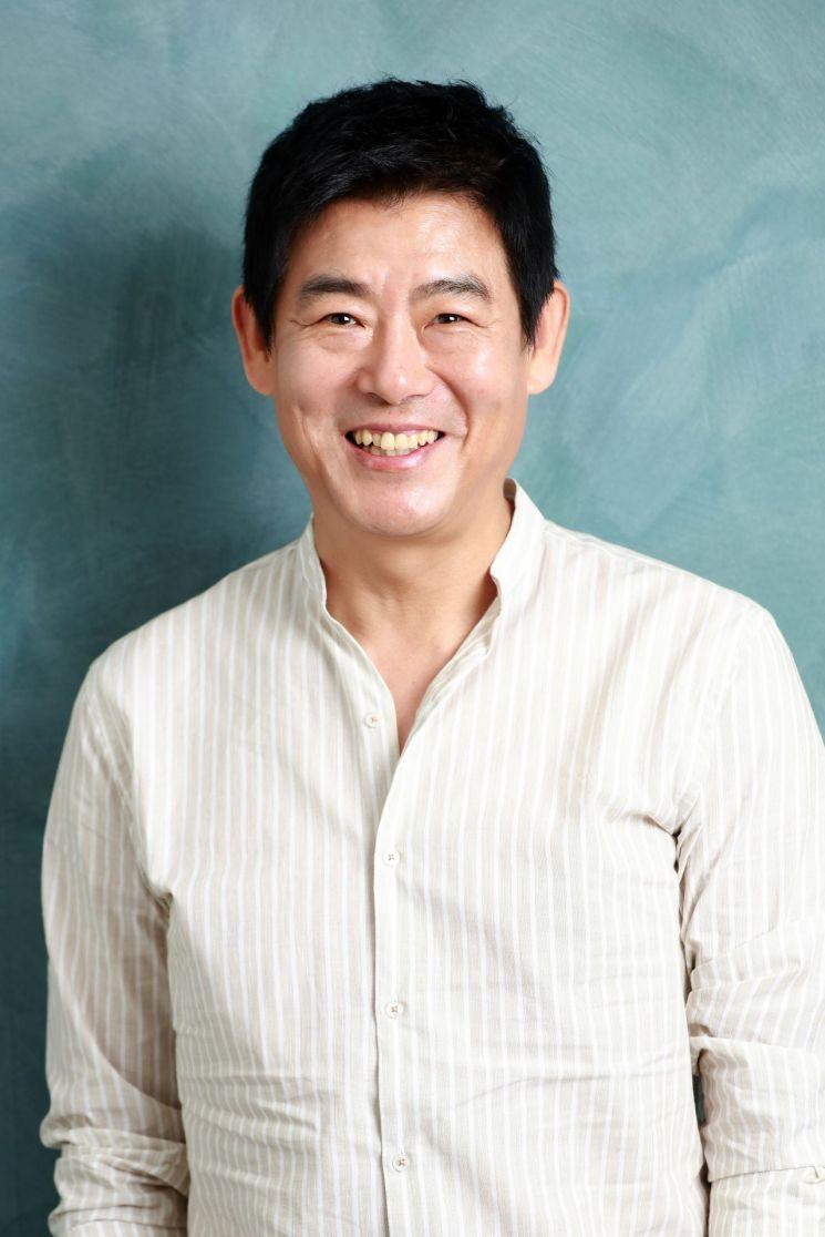 """[인터뷰①]'변신' 성동일 """"애드리브 無, 그냥 성동일로 갔다"""""""