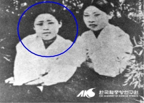 광주자고등보통학교생 박기옥(왼쪽)과 동교생 이광춘/사진=연합뉴스