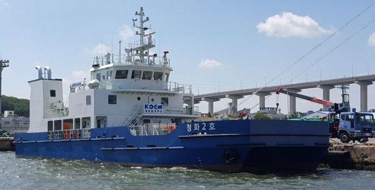 국내 최초 LNG 추진 관공선 '청화2호' 취항…항만환경 개선 기대