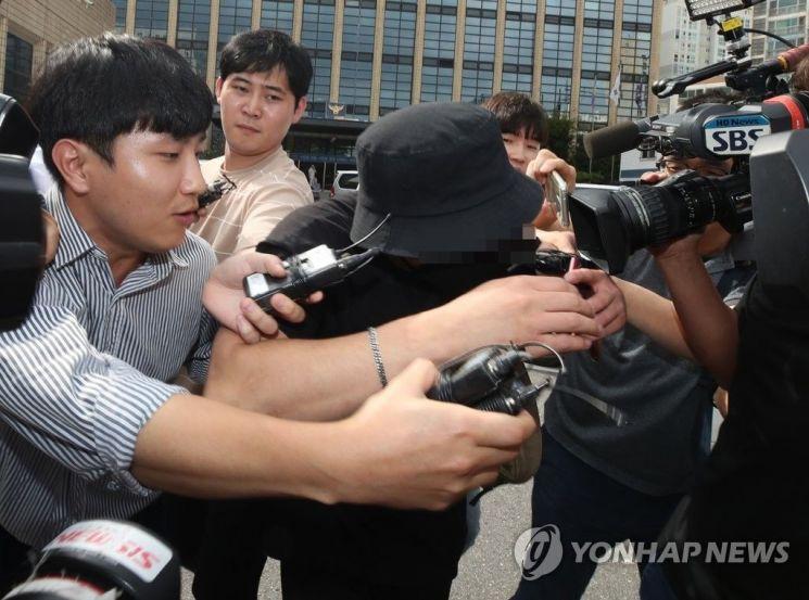 """'日여성 폭행' 한국남성 경찰 조사…""""폭행한 적 없다"""""""