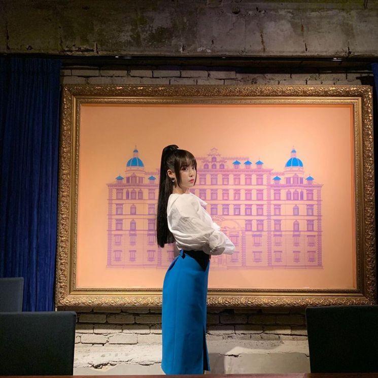 '종영기념' 장만월 사장님, 인스타 털기.jpg