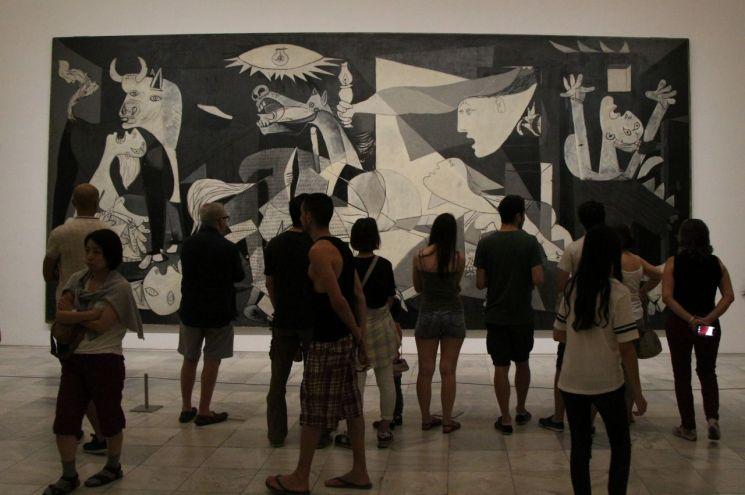 파블로 피카소 '게르니카', 1937년(캔버스에 유채·349×777㎝·레이나소피아미술관·스페인 마드리드)
