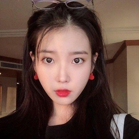 가수 겸 배우 아이유 / 사진=아이유 인스타그램 캡처
