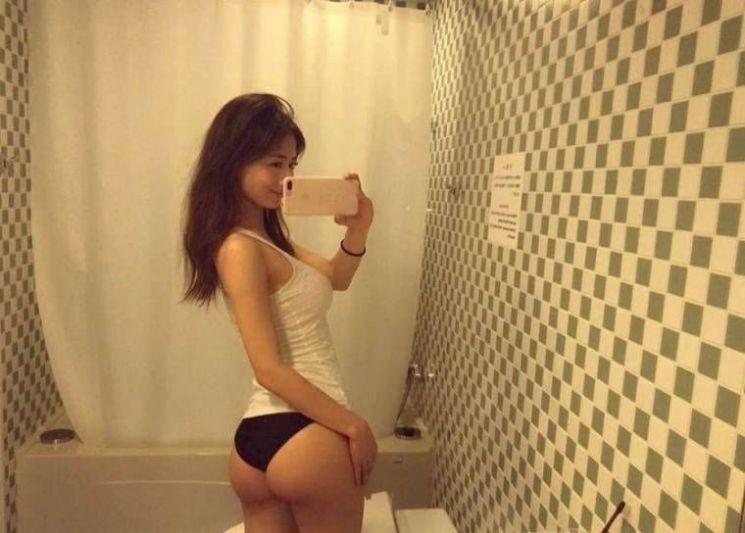 약후) 엉덩이가 잔뜩 화난 피트니스 모델