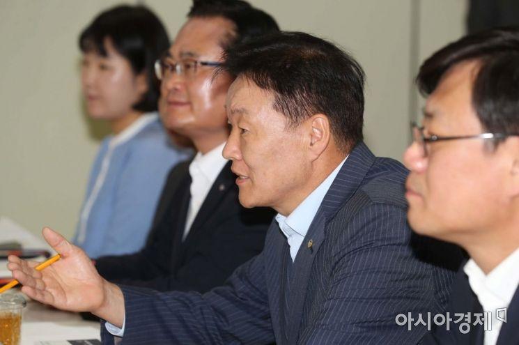 [포토]발언하는 이계문 서민금융진흥원장
