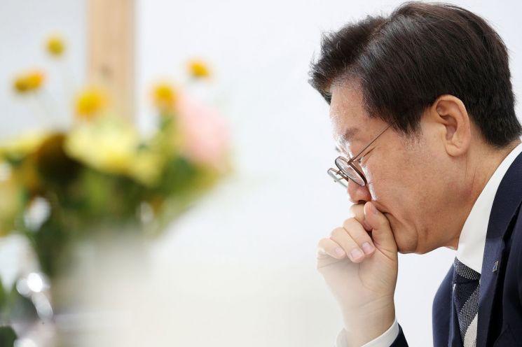 """""""엉터리 논법 뒤범벅 판결 파기 환송해야""""…176명 변호사 이재명 탄원"""