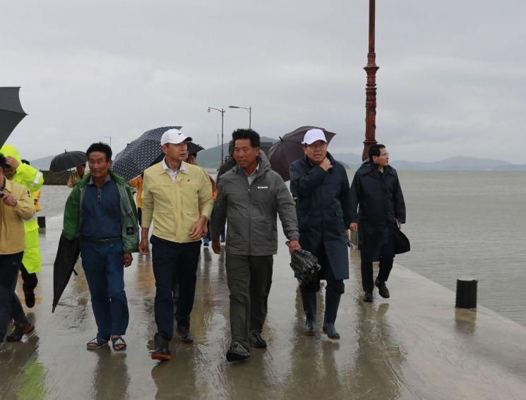 [포토] 김철우 보성군수, 태풍 타파 대비 재해 우려 지역 점검