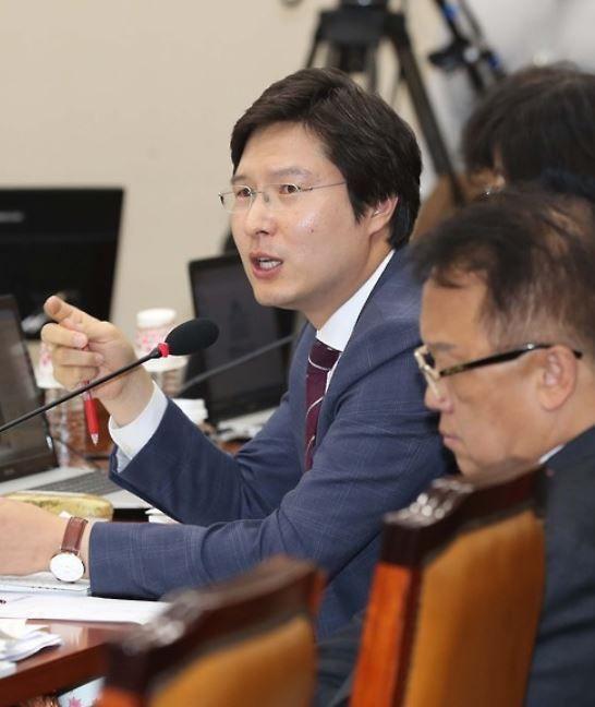 """김해영 """"모병제 전환 시기상조…총선 공약, 바람직하지 않다"""""""