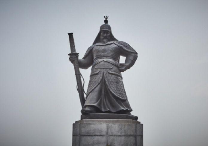 광화문 충무공 이순신 동상의 모습(사진=한국관광공사)