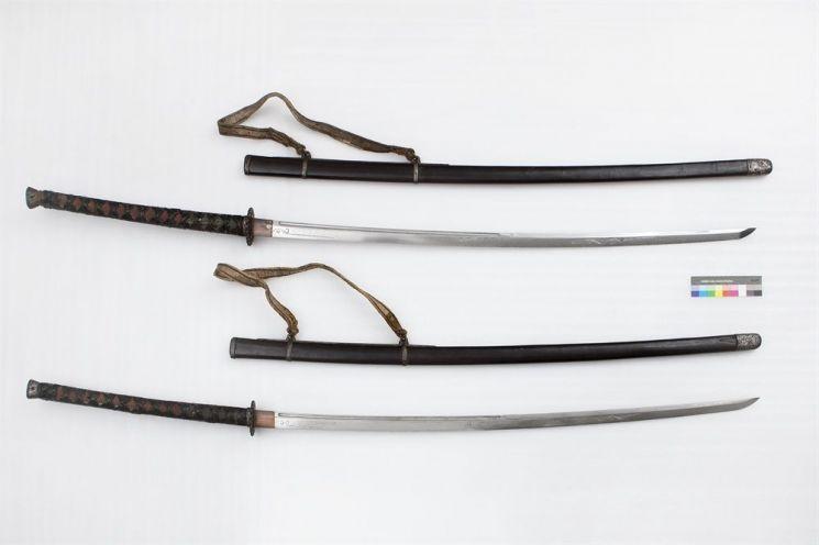 보물 제326호로 지정된 이순신 장군의 장검 모습. 길이가 2미터에 육박하는 거대한 검으로 의장용으로 알려져있다(사진=문화재청)