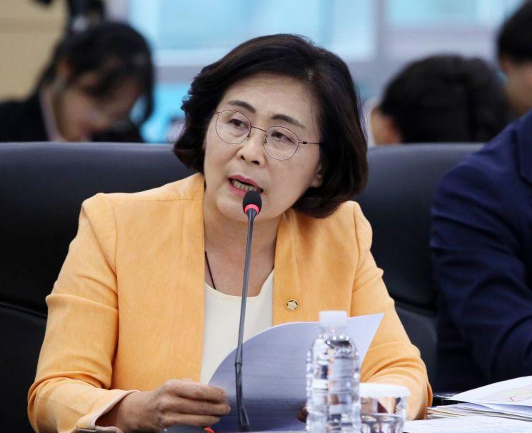 국회 기획재정위원회 유승희 더불어민주당 의원