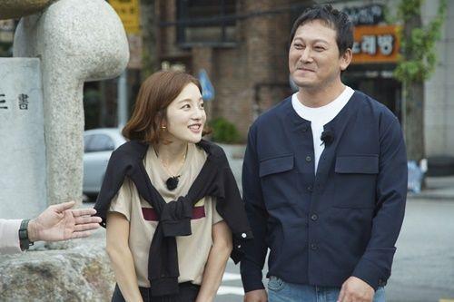9일 방송되는 JTBC '한끼줍쇼'에서는 배우 황보라와 정만식이 게스트로 출연해 활약한다. / 사진=JTBC