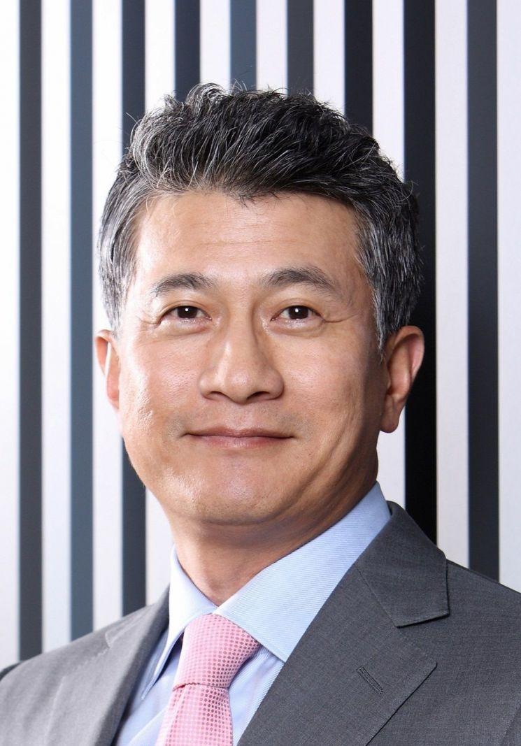 장세욱 부회장, e커머스 시장으로 승부수…후판·냉연 온라인서 판매한다