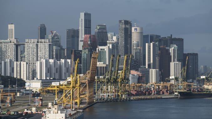 """싱가포르 0.6% 성장 """"기술적 침체는 면했지만 통화정책은 완화""""(종합)"""