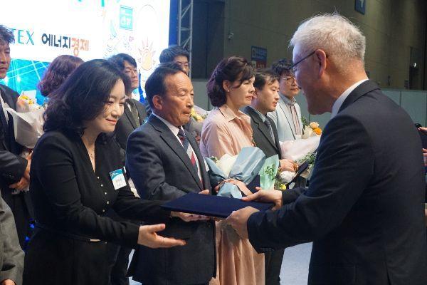 풀무원식품, 식품기업 최초 기상청 주관 '날씨경영 우수기업' 선정
