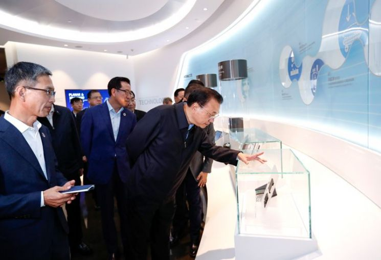 美 견제 '보란 듯'‥중국의 '韓 반도체 구애'