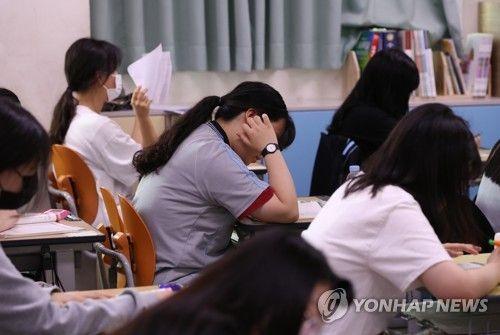 '2019 10월 모의고사' 수능 전 마지막 모의고사…44만명 학생 참여