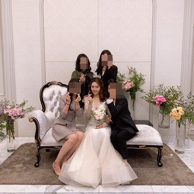 그룹 티아라 출신 가수 한아름(25·본명 이아름)이 결혼식에 참석해준 하객들에게 감사 인사를 전했다/사진=한아름 인스타그램