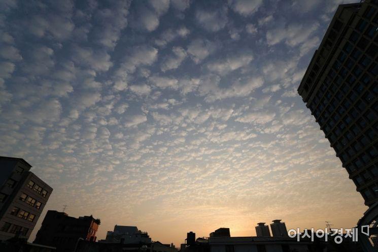[포토]미세먼지 없는 서울 하늘
