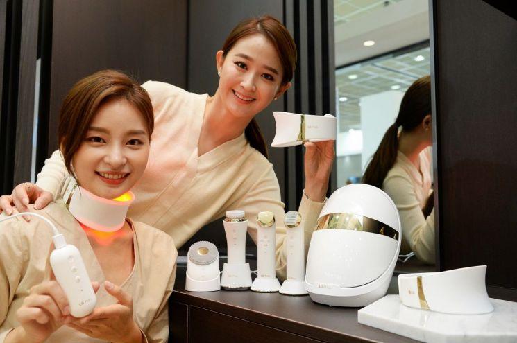 LG전자, 'LG 프라엘 더마 LED 넥케어' 출시…119만9000원