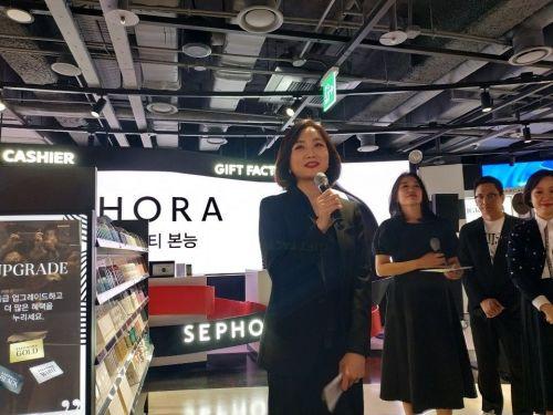김동주 세포라코리아 대표가 프리뷰 간담회에서 발언하고 있는 모습.