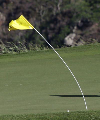골프는 바람을 극복해야 스코어를 지킬 수 있다.