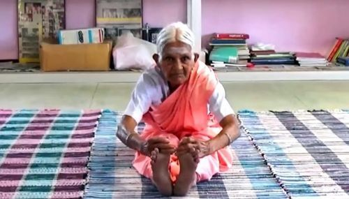인도 최고령 '요가 스승' 나남말 99세로 타계(사진=힌두스탄타임스)