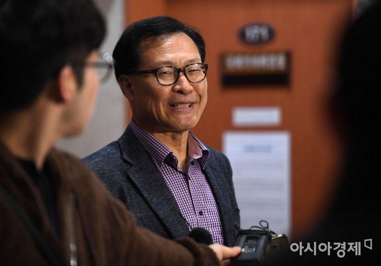 [포토] 미소 짓는 문병호 의원