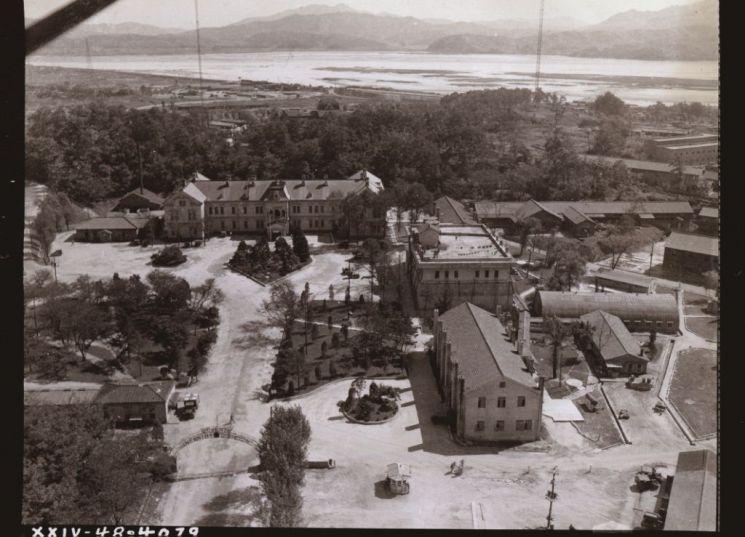 미7사단사령부(옛 일본군사령부) 일대 전경(1948.9.24)