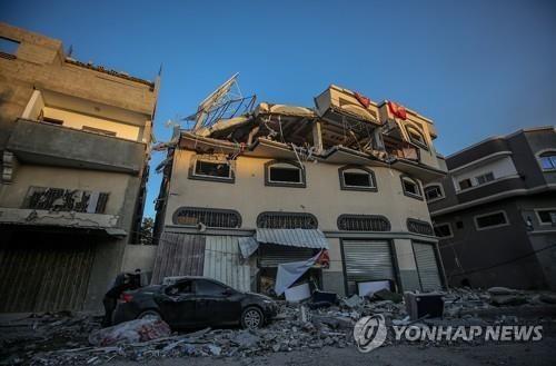 이스라엘의 가자지구 표적공습으로 숨진 '이슬라믹 지하드' 고위 사령관의 집[EPA=연합뉴스]